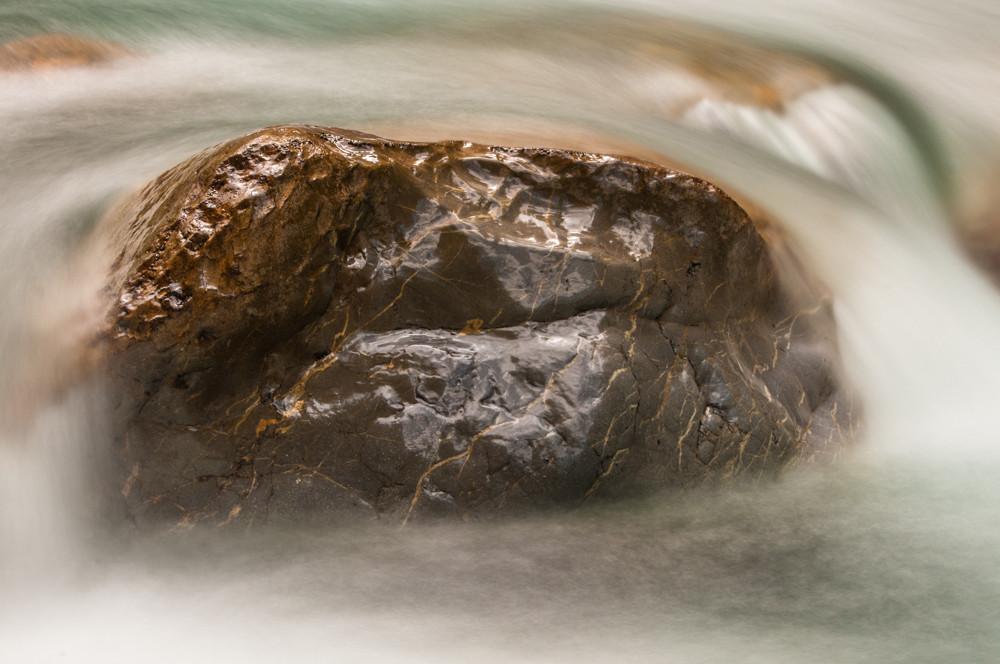 Steine im Bergbach 3