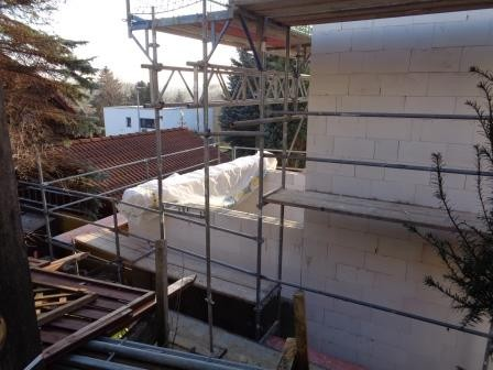 Garagenanbau mit bewehrter Stützwand