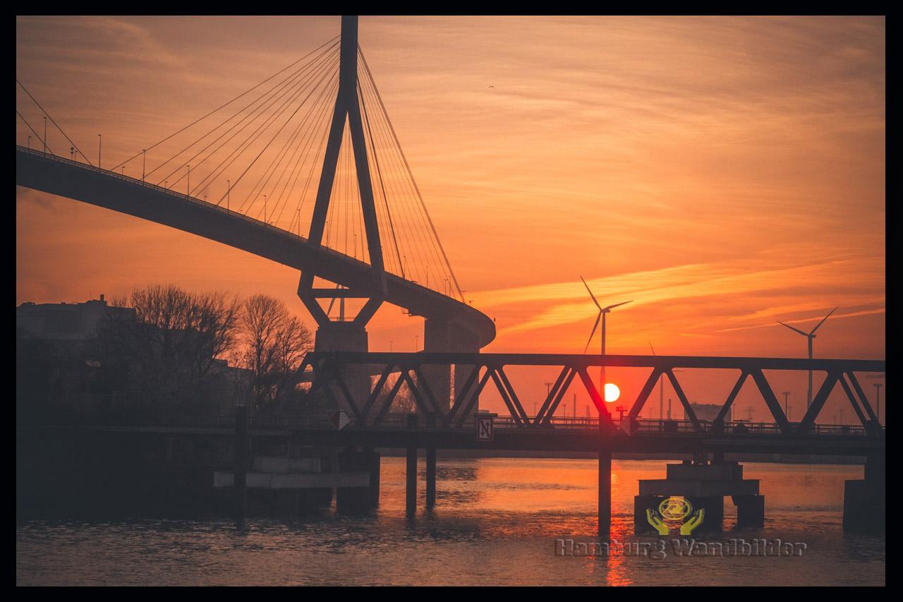 Köhlbrandbrücke  /  827