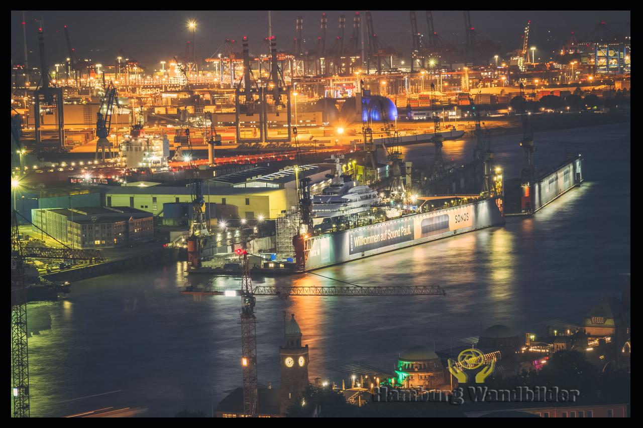 Hafen Skyline  /  899