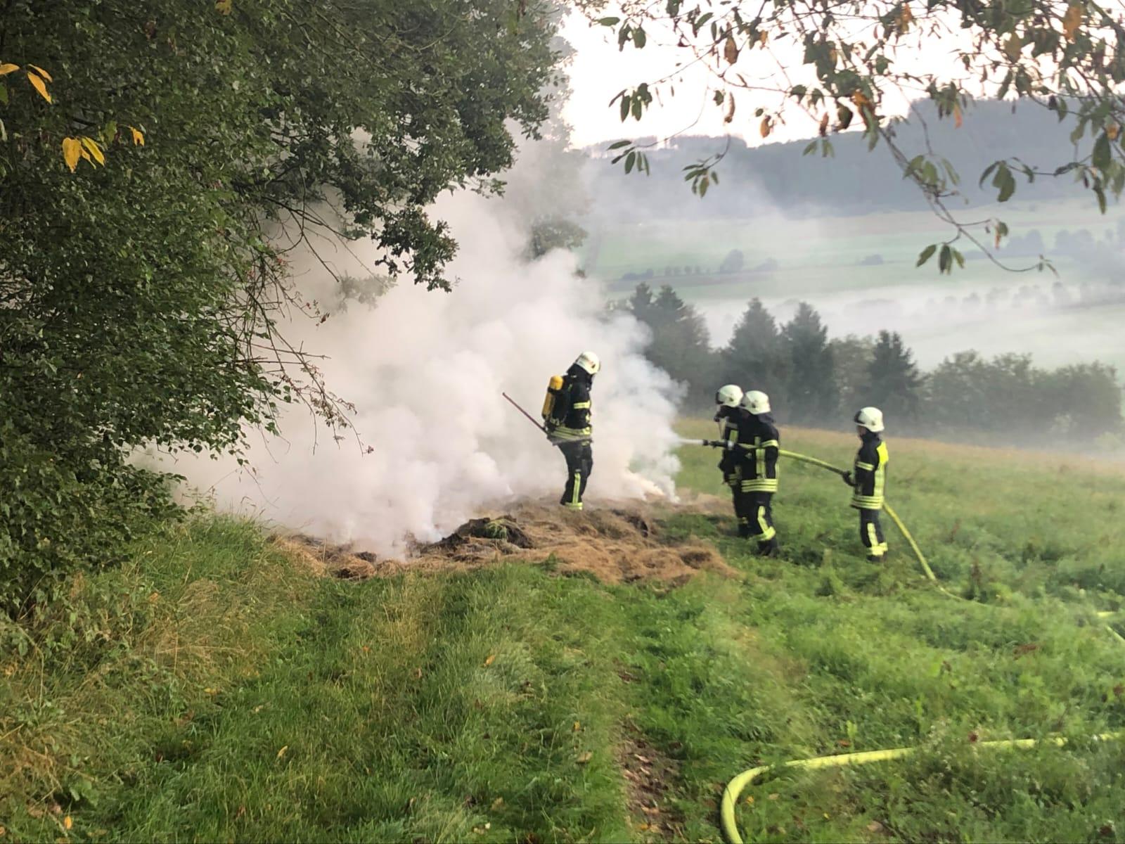F1 – Brennt Heu/Strohballen in Eiershausen