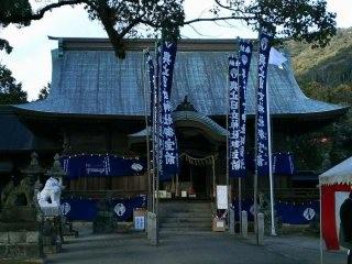 與止日女神社 拝殿