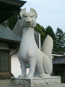 鏡山稲荷神社狛狐(阿形)