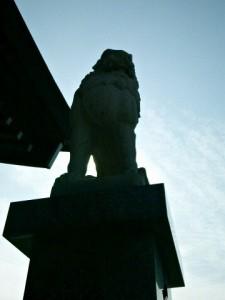 宗像大社駐車場狛犬(阿形)