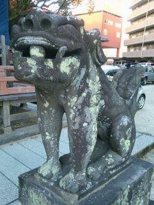 本庄神社狛犬(阿形)