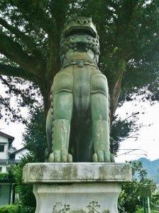 陶山神社狛犬01(阿形)
