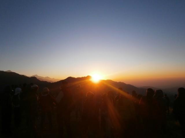 ゴレパニに着いたその日と翌朝と、二度もプーンヒルに行く人はそんなにいないと言われながらプーンヒルに二回登りました。