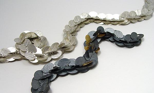 Blattkette • Silber 925 teilweise geschwärzt, Gelbgold 750