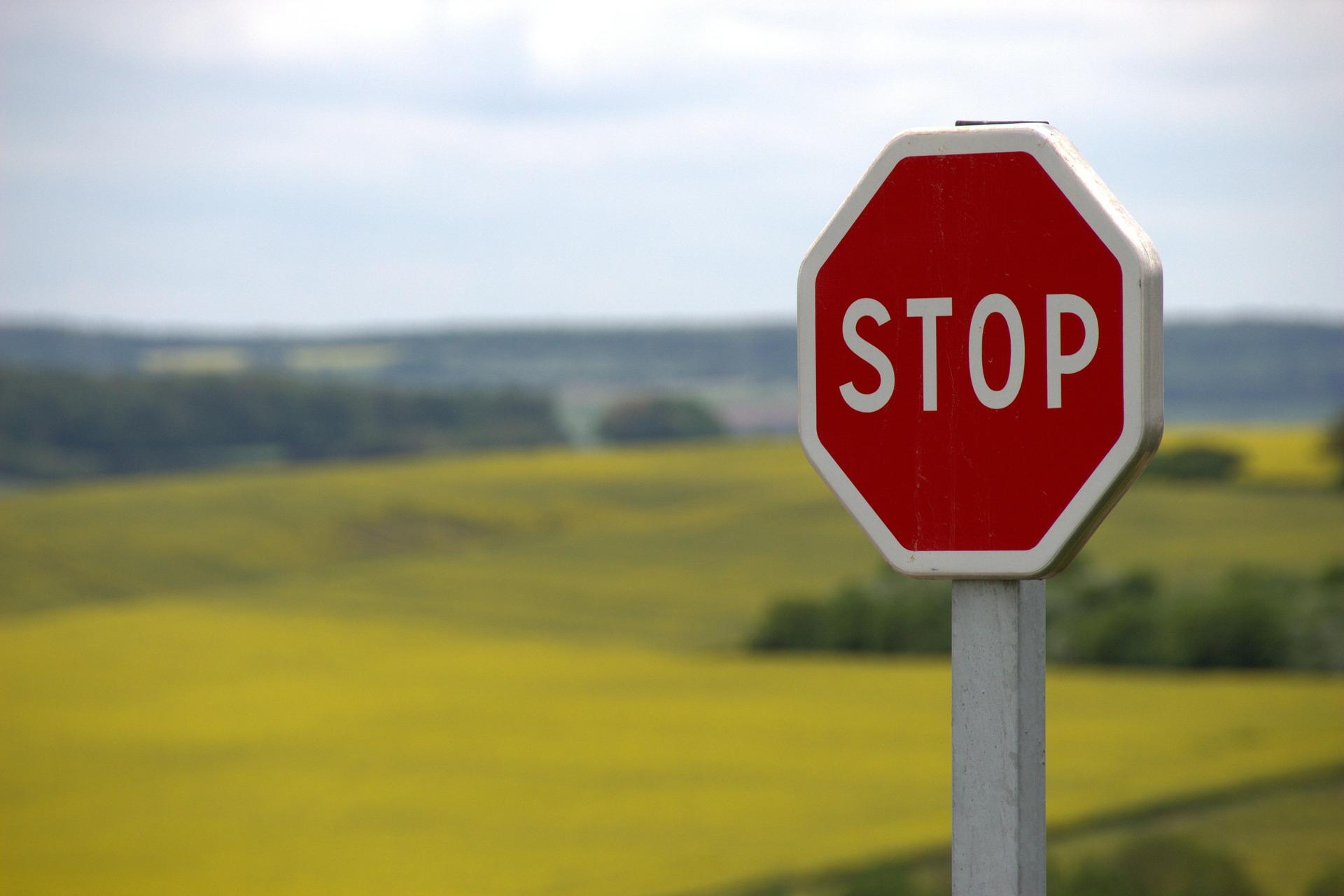 Stoppen Sie Ihr negatives Gedankenkarussell und beginnen Sie ein neues Leben!