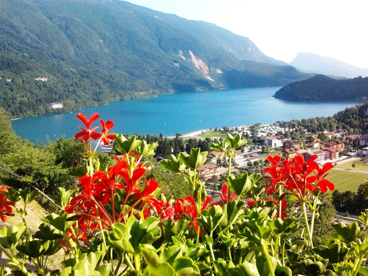 Molveno Lake - Italia