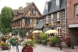 Beuvron en Auge : les plus beaux villages de France 27 km