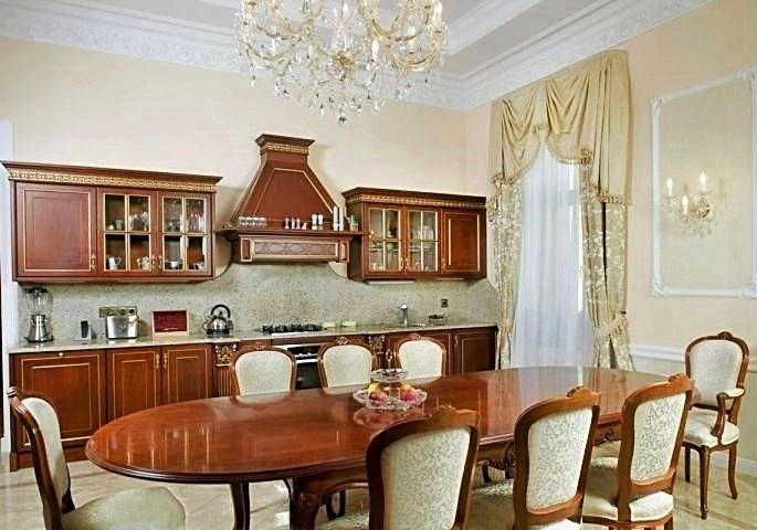 Дизайн интерьера квартиры на наб. Мойки. Кухня-столовая