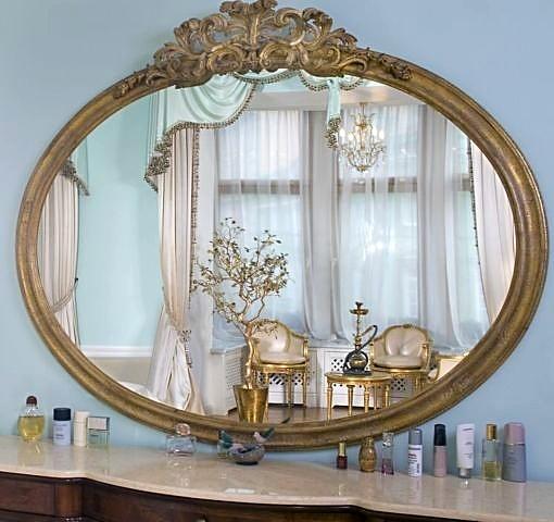 Фотография зеркала в интерьере спальни
