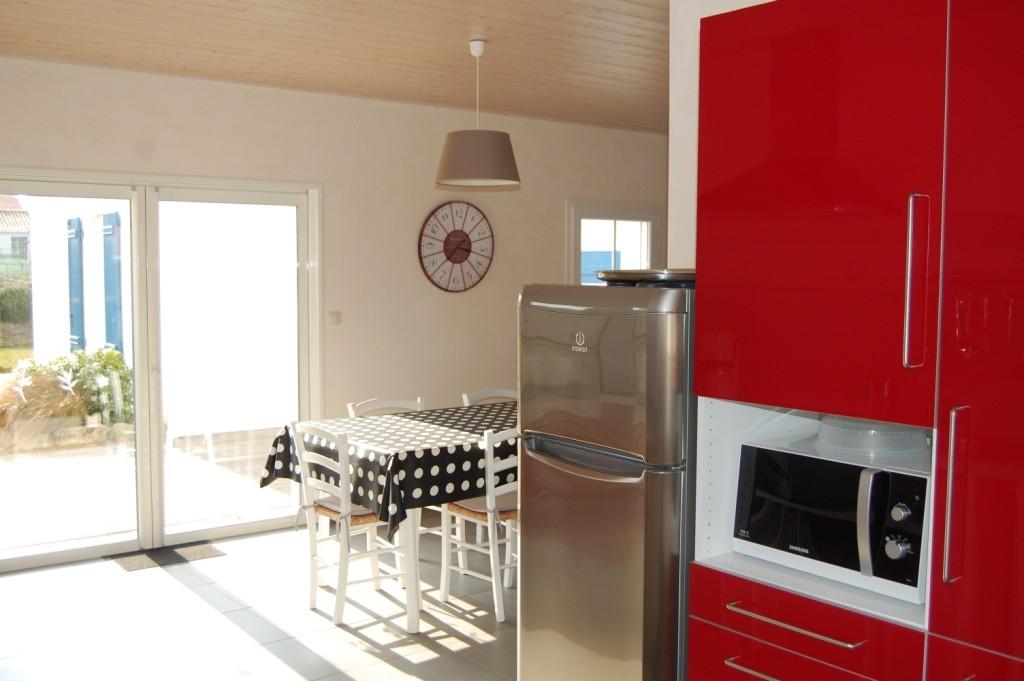 Location Beaulieu à Noirmoutier-en-l'île - Salle à manger et cuisine