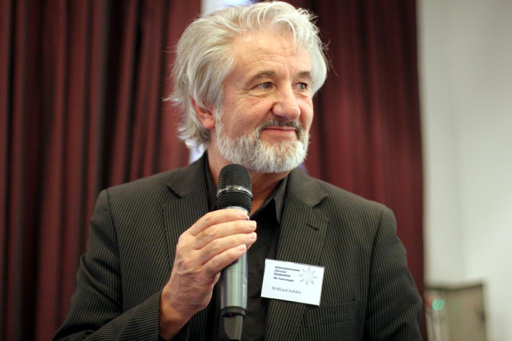 Wilfried Schütz, Vizepräsident der Astrologischen Gesellschaft Zürich
