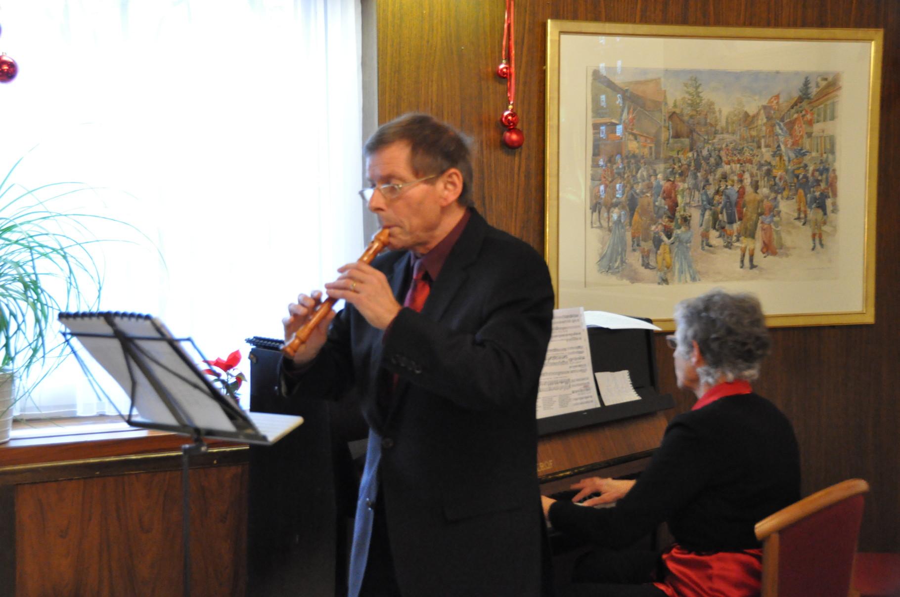 Weihnachtsfeier 2014, musikalische Umrahmung mit Anna und Erwin Nold-Strebel