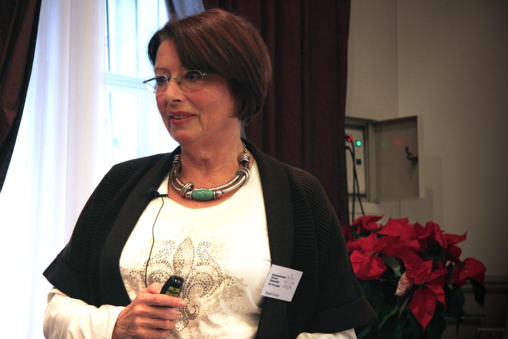 Heidi Treier, Referentin und Schulleiterin des astrologischen Ausbildungszentrums Köln