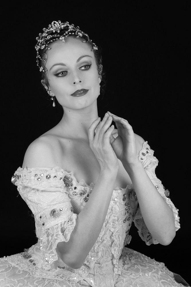 Eléonore Guérineau. danseuse à l'Opéra de Paris