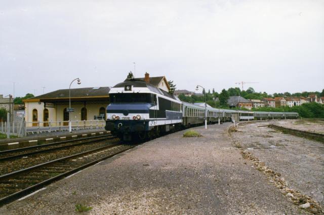 Sainte-Menehould. CC 72016. 31 mai 1996. Cliché Pierre BAZIN
