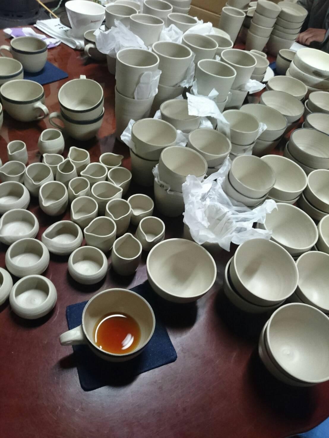 陶器もそろいました