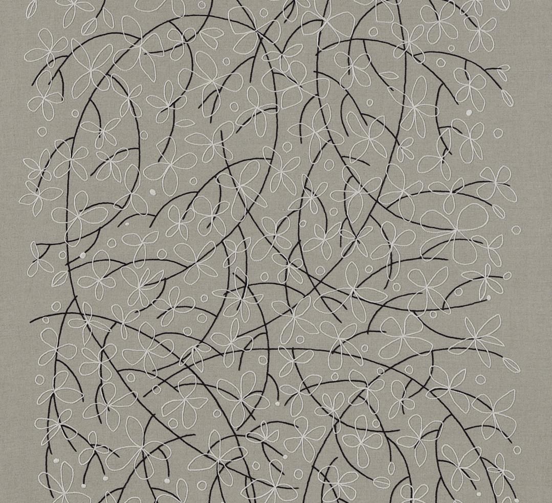 """"""" FLEURS BLANCHES """"  2010- Brodée main sur lin naturel-200x80cm"""