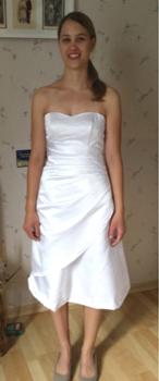 als kurzes Kleid den Brautkleid-Stil verlieren,, und dient so als wunderschönes Festkleid für spezielle anlässe