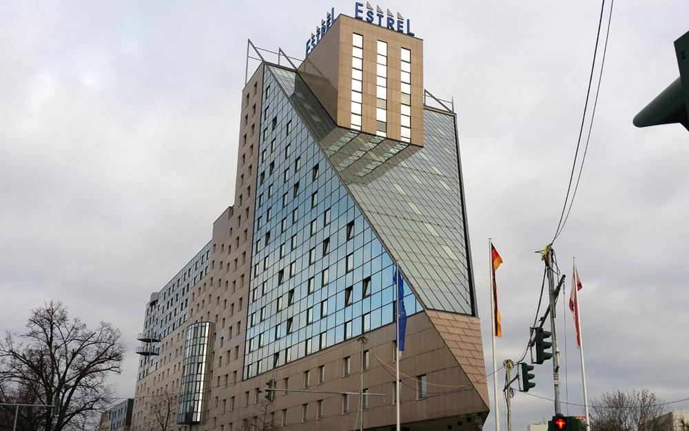 Hotel Estrell Berlin...
