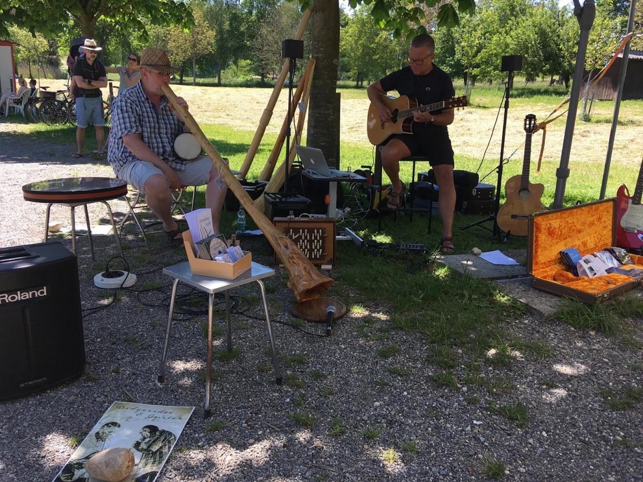 Thuja mit Bernhard, Gitarre mit Peter