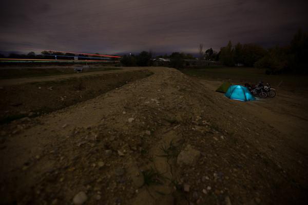 Unsere erste Übernachtung neben der Autobahn nach Barcelona