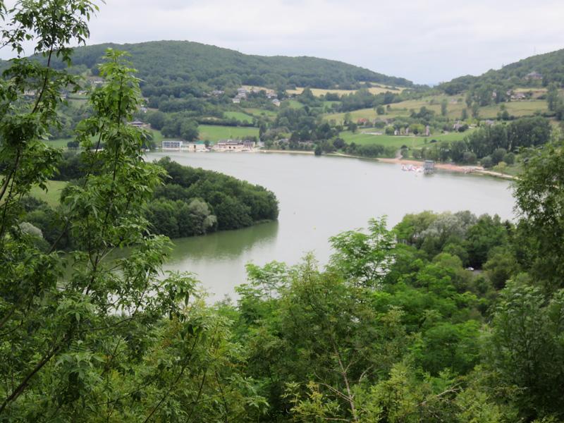 Le Lac du Causse, vue de Chasteau