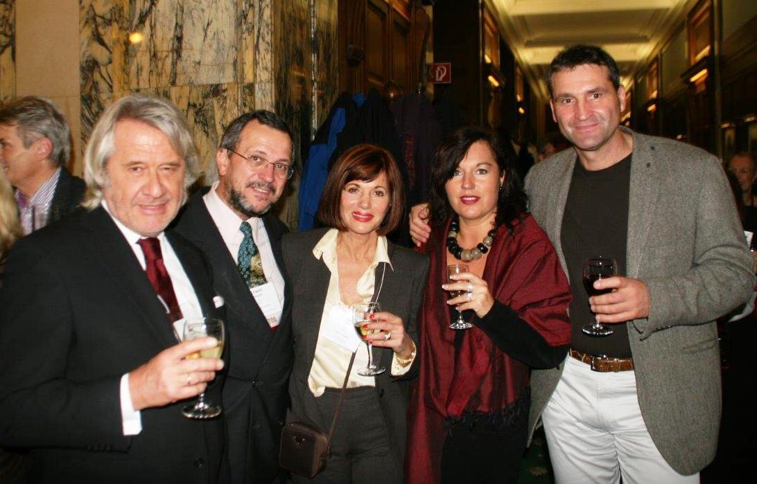 Von links nach rechts: Bruce Crapuchettes, Erwin Jäggle, Gerti Senger, Ute Giffey, Hans Giffey