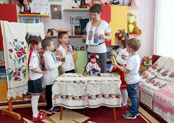 Вихователь Єрьоменко Катерина