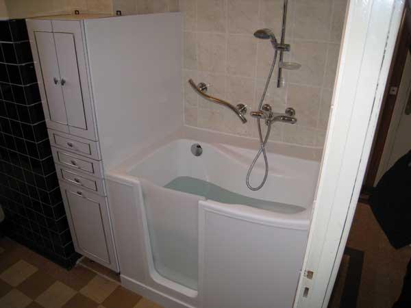 Installation baignoire à porte