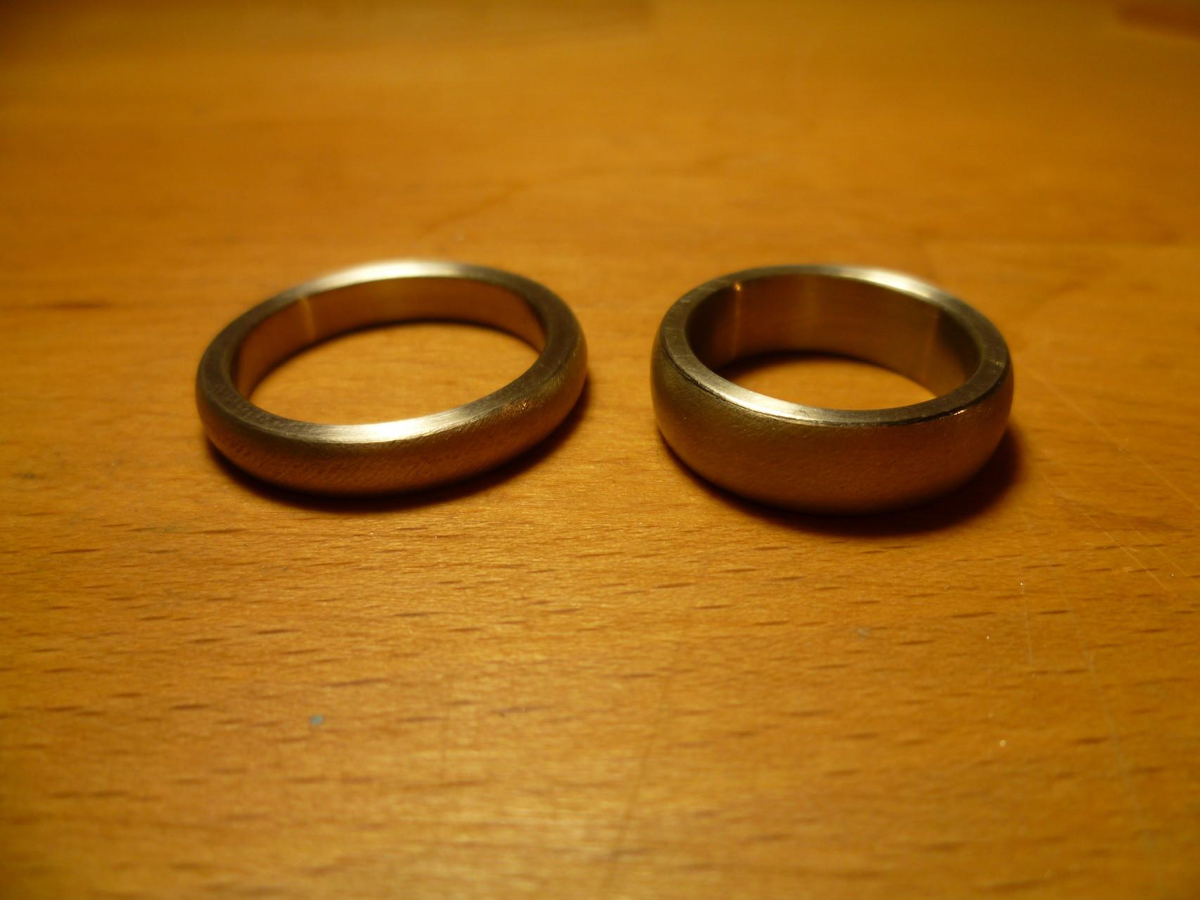 Ein Paar in 750 Weißgold