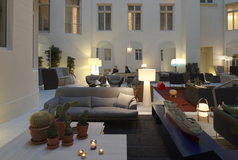 muebles lobby, muebles recepción, mobiliario para recepción, sofás recepción, iluminación recepción, equipamiento mobiliario de recepción, mesas para lobby, las recepciones de hotel de diseño, decoración de recepciones de hotel.