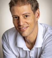 Daniel Edelaar Portrait Foto Massage Uster Masseur Berufsmasseur