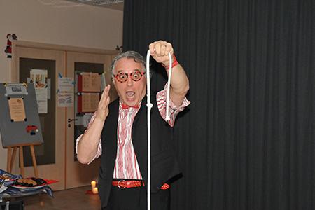 Zaubern im extrafit Bietigheim-Bissingen, Fitnessstudio 50+