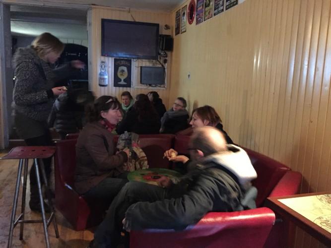 Goûter partagé au Blue's Bar pour finir la journée...