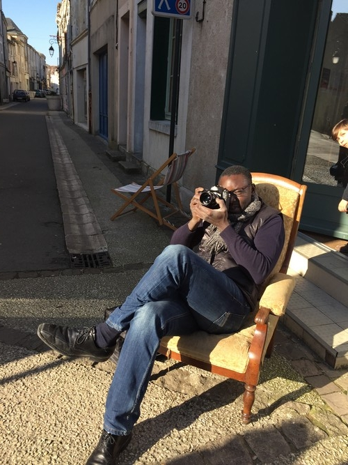Et dehors, le photographe veille....