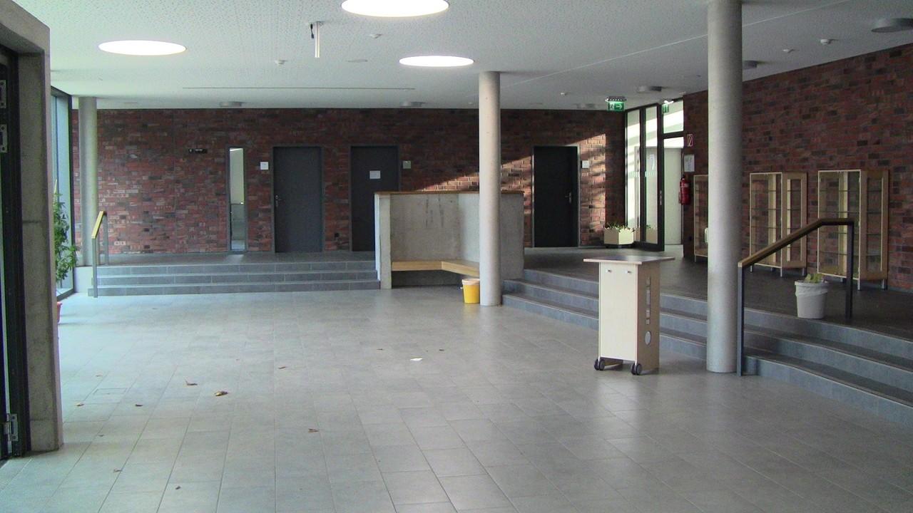 Die neue Eingangshalle
