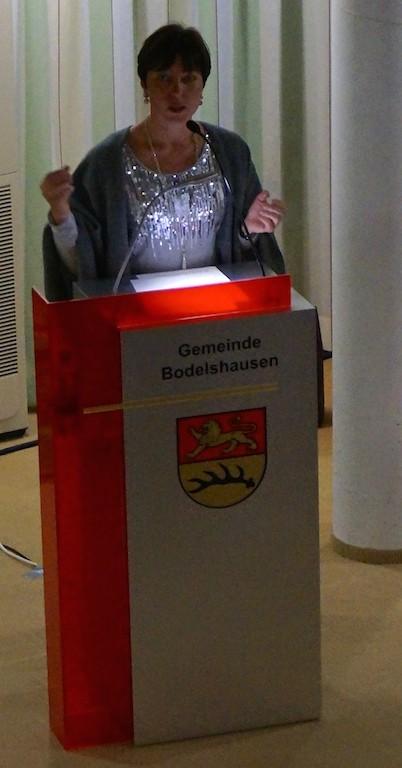 Eröffnung Rede: Sabine Engeser, Forum's Leiterin.