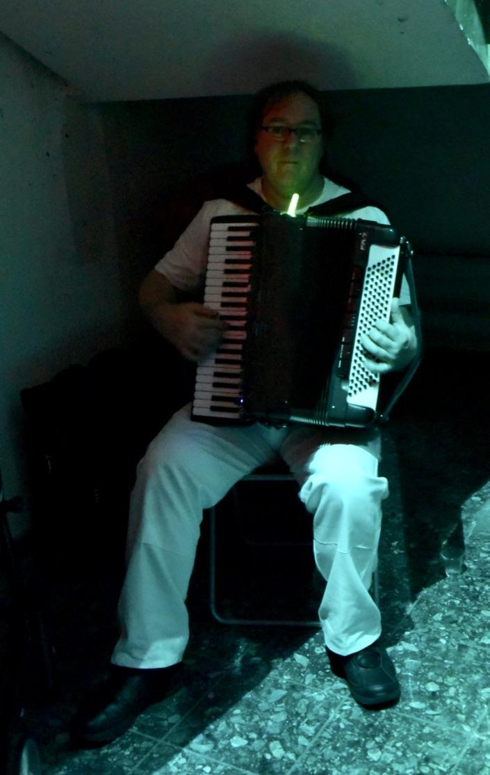 Musik: W. Gruber.  Foto: B.Kleeschulte