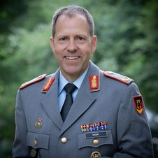 Chief Sales Officer - Boris Nannt
