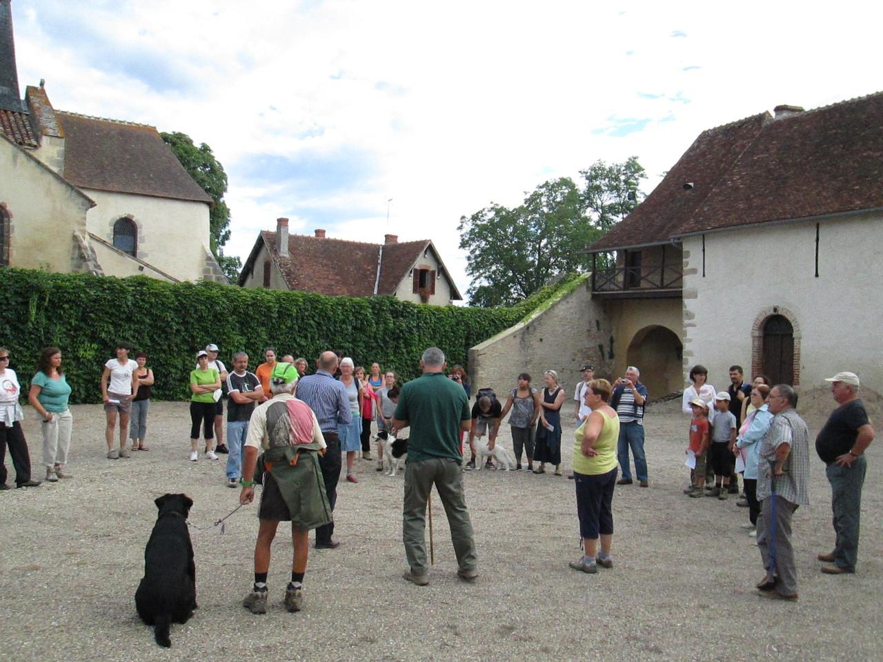 Château de Pouzy (accueil des propriétaires M. et Mme Jong)