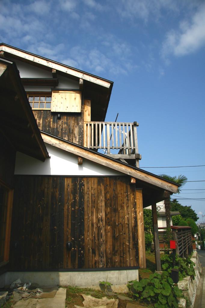 ~新築なのに古い家~全景