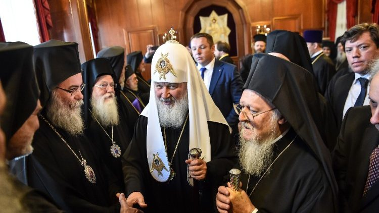 Patriarca Kirill difende la Chiesa Cattolica