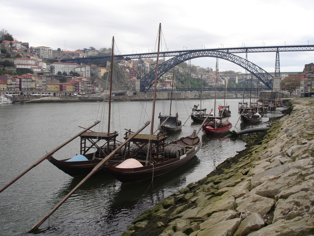 les quais, Porto, Portugal