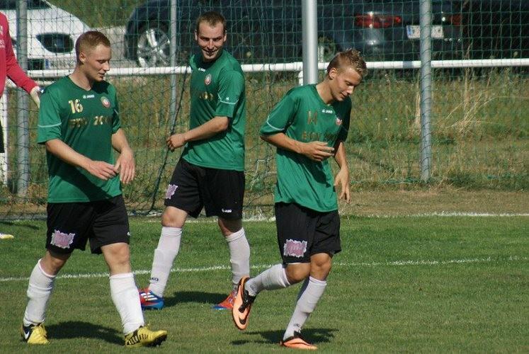 Mannschaft  1b,  Moosbrunn   Herbst 2013