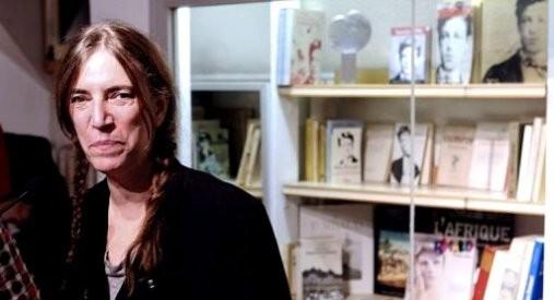 Patti Smith (1946), cantante e poetessa con una profonda passione per Arthur Rimbaud