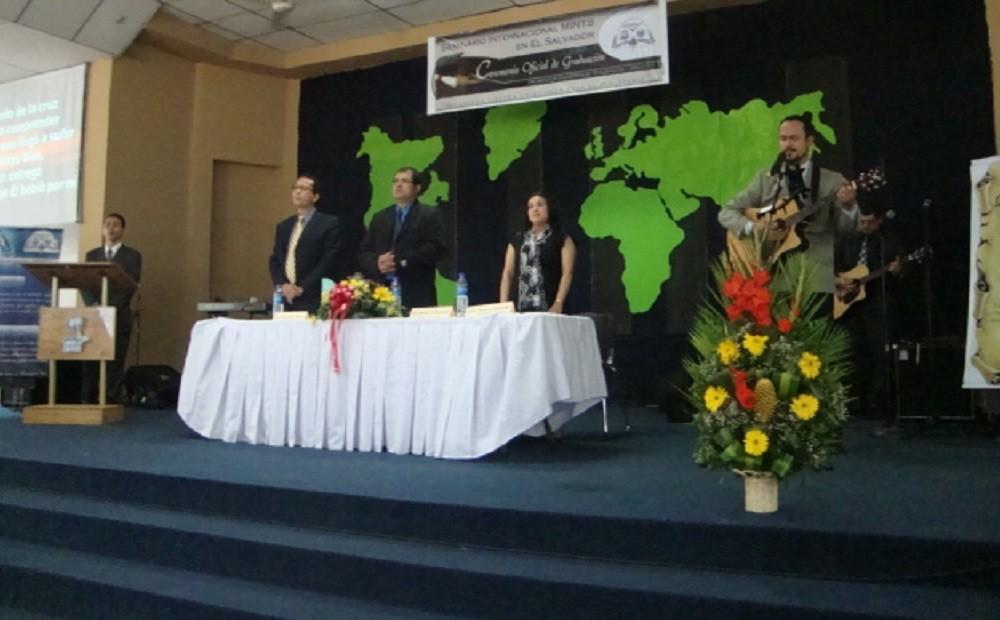 Ministración Musical | Hno. Francisco Romero